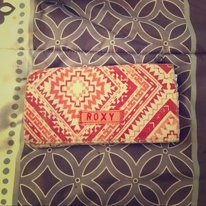 Pink & teal  tribal patterned Roxy wallet🌸